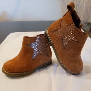 Baby Gap Faux-Suede Star Booties Toddler